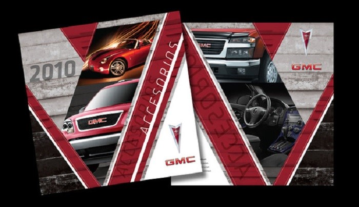 Thiết kế catalogue với tông màu đen đỏ ấn tượng