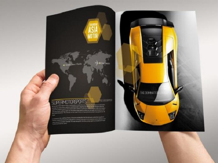 Các hãng xe thường khá ưa chuộng thiết kế catalogue với tông đen